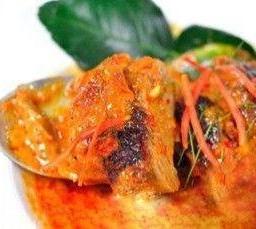 พะแนงเป็ดย่าง Mild Red Curry with Roasted Duck