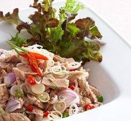 ยำปลาทูน่า Spicy Tuna Salad with Lemongrass & Thai herbs