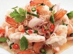 ยำตะไคร้กุ้งสด และหมูสับ Lemongrass Salad with Minced Pork & Shrimp