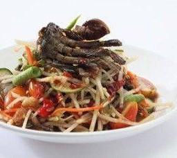 ส้มตำปูปลาร้า  Som Tum Papaya Salad Laos Style