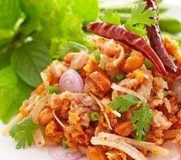 ยำแหนมสด Minced Pork Spicy Northern Style