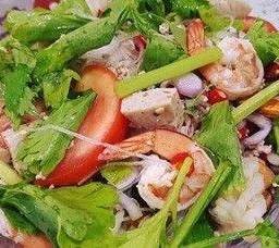 ยำรวมมิตรทะเล  Mixed Seafood Spicy Salad