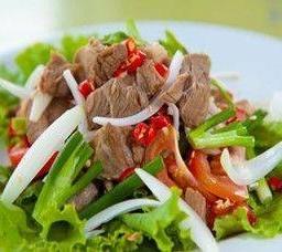 ยำเนื้อ  Roasted Beef Spicy Sala
