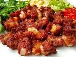 แหนมซี่โครงอ่อน  Fried Sour Pork Rib Northern Style