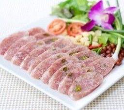 แหนมทรงเครื่อง Sour Pork Sausage Northern Style