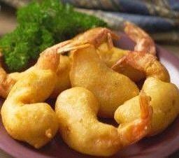 กุ้งชุบแป้งทอด Deep Fried Shrimps served with Plum Sauce