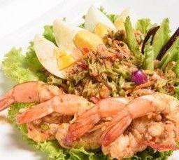 ยำถั่วพูโบราณ หมูสับ กุ้งสด  Cow Bean Salad with Pork & Shrimps