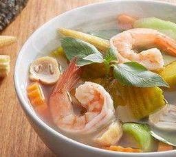 แกงเลียงกุ้งสด Kaeng Liang Spicy Soup with Shrimps & Vegetables