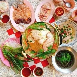 หมูย่างเกาหลีสามพี่น้อง สาขา 1 ปากซอยกรุงธนบุรี 4