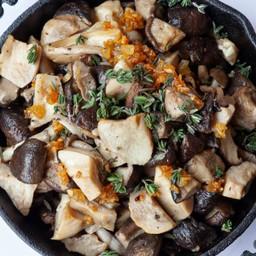 Sautéed Mushrooms Delivery (Vegan) ผัดเห็ดรวม
