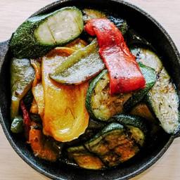 Fire Roasted Antipasti Delivery (Vegan) พริกหวานย่าง