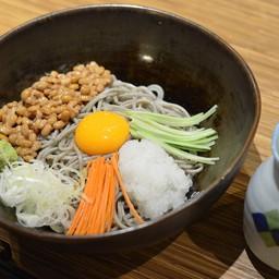 โซบะเย็นถั่วหมักญี่ปุ่น