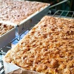 Toffee Cake Chonburi By Mattana เมืองชล