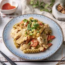 พาสต้าคั่วไก่ Stir fried pasta with egg