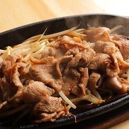เนื้อแกะย่างกระทะร้อนสไตล์ฮอกไกโด