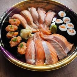 Super salmon lover