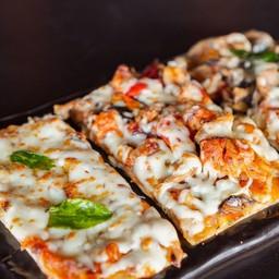 Triple Mini Pizza