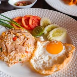 Fried rice pork with fried egg