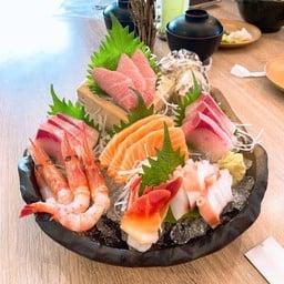 7 Heaven Sashimi Set