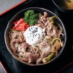 ข้าวหน้าเนื้อวากิวญี่ปุ่น