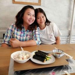 BOOBOOSIKDANG (Korean B.B.Q Restaurant)