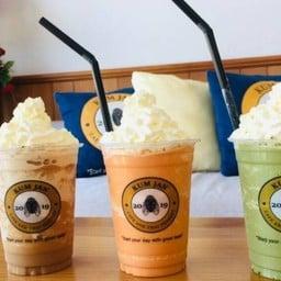 KUM JAN CAFE AND THAIDESSERT