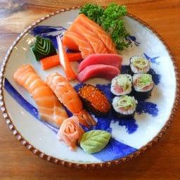 Ai Sushi สันกำแพง