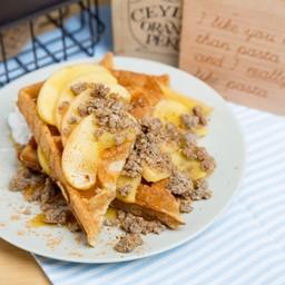 Gluten-free Vegan Waffle with Apple Caramel Crumble