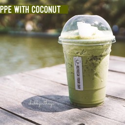 Matcha Frappe with Coconut