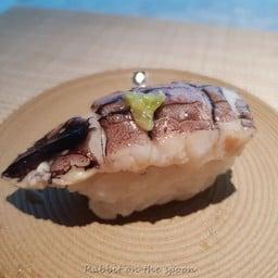 กั้งแก้วจากสุราษฯ มีแรงบันดาลใจจากกั้งแช่น้ำปล่ เลยใช้ซอสประยุกต์จากน้ำปลาหวานบ่