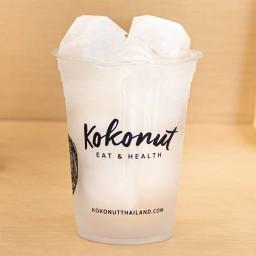 Kokonut Eat and Health กลาสเฮ้าส์ อโศก