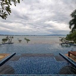 Seashell Village Resort