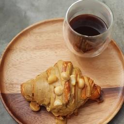 Amornthep's Croissants