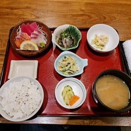 ซาชิมิ  Lunch set