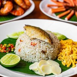 ข้าวผัดปลาทูพริกสด