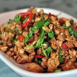 ไผ่ Betong ผัดไทยใบตอง&หอยทอด (นางงาม)