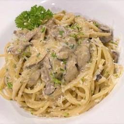 Truffle & mushroom spaghetti