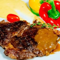 สเต็กเนื้อริบอายวากิว มันฝรั่งมูส ขนาด 200 กรัม
