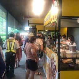 Maru Waffle วาฟเฟิลฮ่องกง สาขา Lasalle Avenue หน้า Villa Market