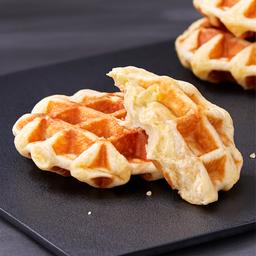 Custard Cream, Mochi Waffle