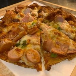 โรตีพิซซ่า(แฮมไก่+ไส้กรอกไก่)