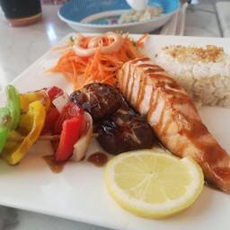 ข้าวปลาแซลมอนเทอริยากิ