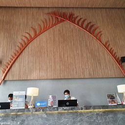 โรงแรมลาฟลอร่า