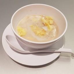 ป้าหงษ์ขนมไทย Mahanakhon Thai Taste Hub