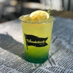 Woodstock Café & Bar