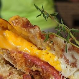 Boran waffle sandwich
