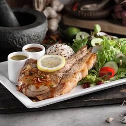 สเต็กหมูคุโรบูตะอ่าวไทย