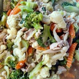 เจ๊เงาะอาหารไทย