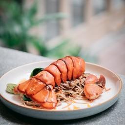 Stir-fried Chinatown Noodle (520.-)