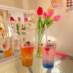 Little Tulip Cafe
